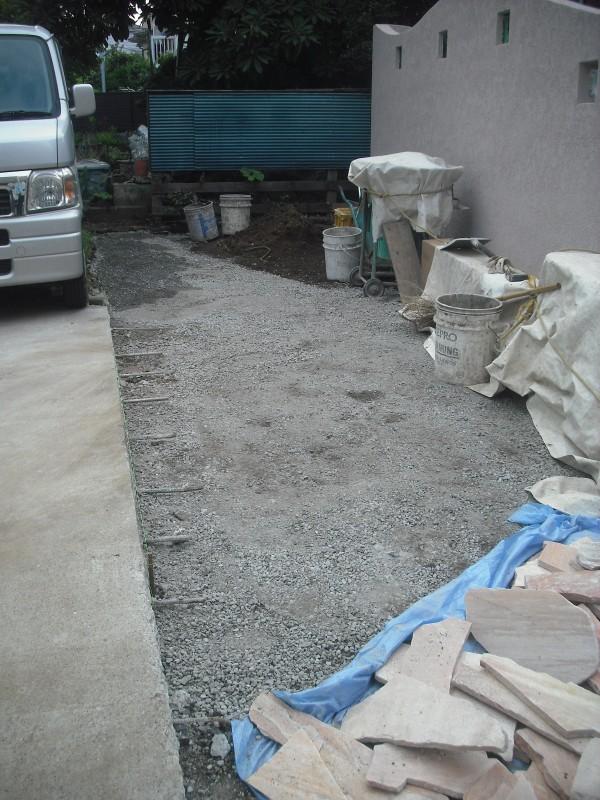 駐車場掘削 横浜市M様邸 エクステリア工事