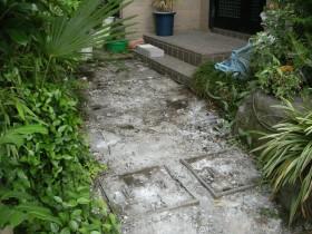 石張り路床づくり