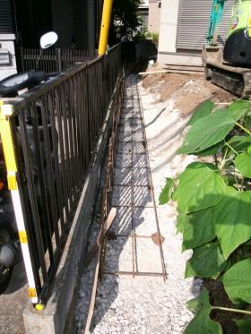 ブロック基礎鉄筋組立て